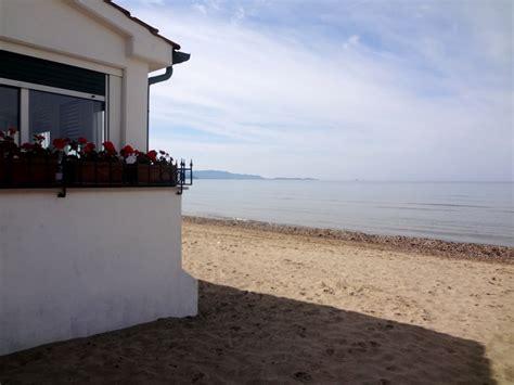 casa sulla spiaggia casa sulla spiaggia in centro a follonica immobiliare