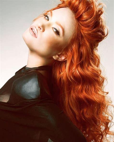 dark skin with cooper hair the 25 best dark copper hair ideas on pinterest auburn