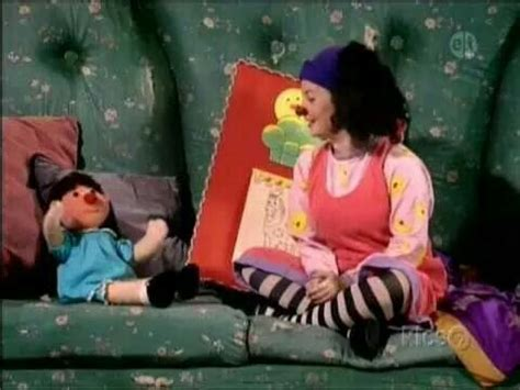 luna big comfy couch this showwww 90s kids only pinterest