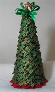 my first folded fabric christmas tree christmas sewing
