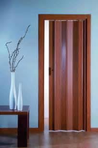 porte a soffietto legno prezzi porta a soffietto in pvc salva spazio facile da montare