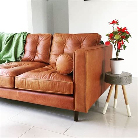 analine leather sofa 25 best ideas about tan leather couches on pinterest