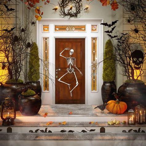 halloween ideas  tips  exciting front door  yard