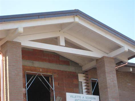 tettoie in legno bianco capriata legno lamellare bianco dielle legnami