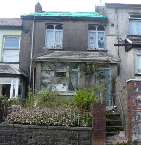 cheap houses to buy in uk выставлен на продажу самый дешевый дом