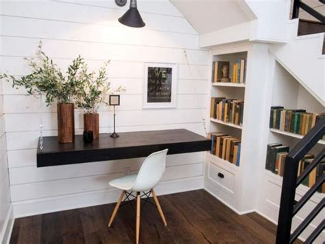 Floating Office Desk 27 Awesome Floating Desks For Your Home Office Digsdigs