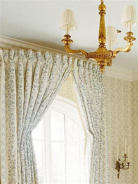 bowed window 1000 ideas about bow window curtains on