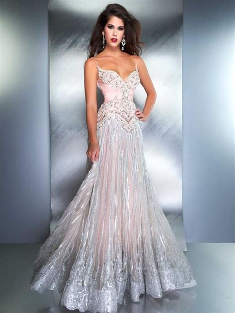 7 Most Amazing Dresses From Chicstarcom by 51 Best Prom Dress Images On Wedding Frocks