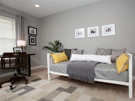 soft gray office with day bed hgtv - Office Daybed