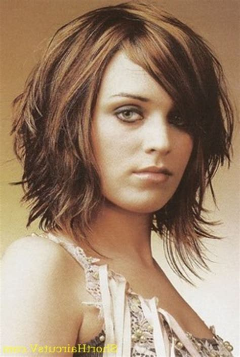 Hairstyles For Shoulder Length Hair by Easy Hairstyles For Shoulder Length Hair That Are Simple