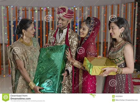 Wedding Gift Ideas For Groom Indian by Wedding Gift Ideas For Indian Imbusy For