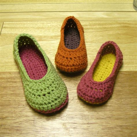 Crochet Slippers Patterns | important all content has been moved to mamachee com