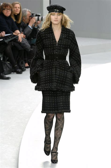 Fashion Week Fall 2008 Chanel chanel fall 2008 runway pictures livingly