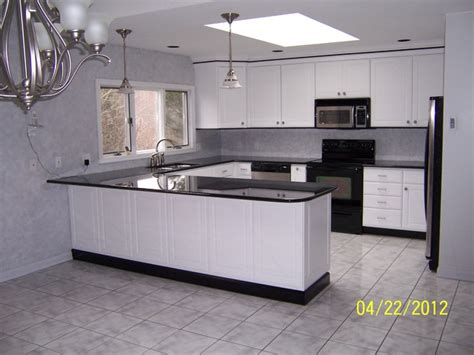 Kitchen Mdf Cabinets Bertch Legacy Concord Door Style Mdf White Traditional Kitchen Cabinetry By