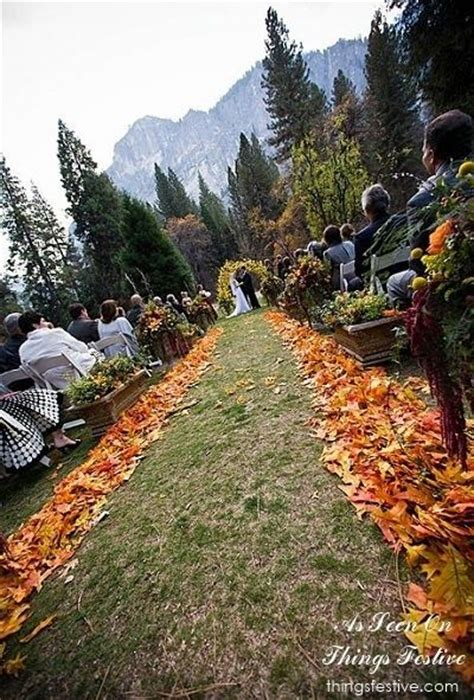 25  best ideas about Fall Mountain Wedding on Pinterest