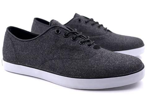 Sneaker Sepatu Vans Shoes Motif America Casual Mearah Putih Import 1 vans casual shoes