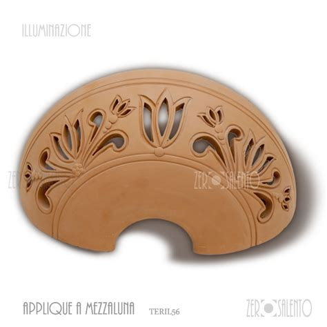 applique in terracotta lada applique mezzaluna traforata terracotta smaltata