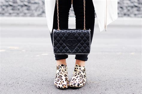 Kacamata Chanel 2 Leopard vintage chanel bag h m trenchcoat leopard shoes maruti tomboy style shoes