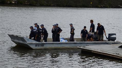 speedboat racing chion steven antuch s body found in - Boat Crash Georges River