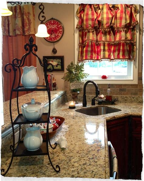 25 best ideas about country decor on pinterest country bathroom decorations country bedrooms country style curtains for kitchens best 25 country