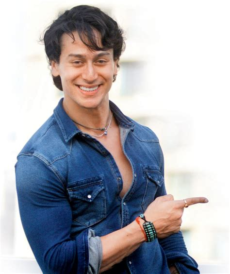 biography of tiger shroff bollywood dancing star tiger shroff biography filmography