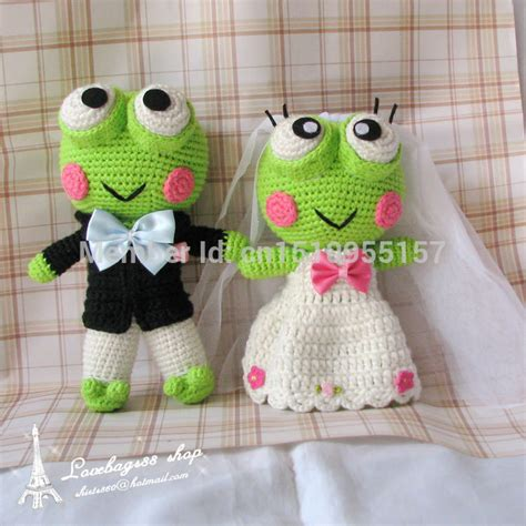 Handmade Gifts For Couples - diy customized handmade gifts of frog doll