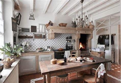 cucine in muratura stile rustico quali sono le caratteristiche devono possedere le