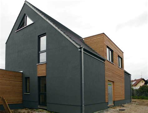 satteldach modern fassadengestaltung einfamilienhaus modern satteldach