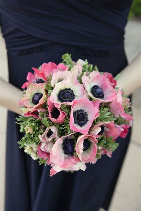 wedding flower inspiration anemones