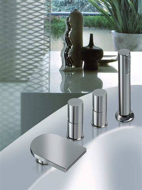 Freestanding Tub With Deck Mount Faucet by Aquatica Italia Faucet Deck Mounted Tub Filler Chrome