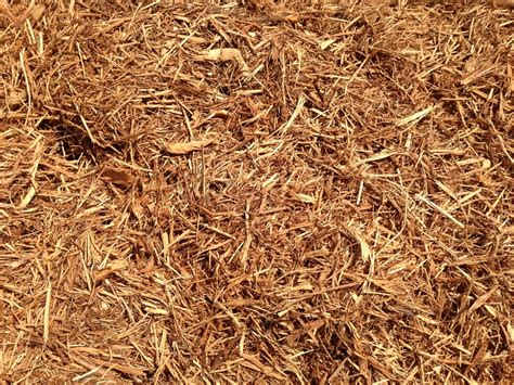 mulch gregs landscaping