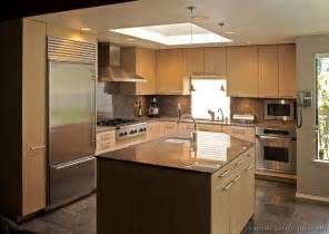 Modern Kitchen Lights Modern Light Wood Kitchen Cabinets Pictures Design Ideas