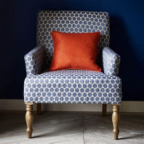 tissus ameublement fauteuil tissu patino tissus par 233 diteur churchill le boudoir des etoffes