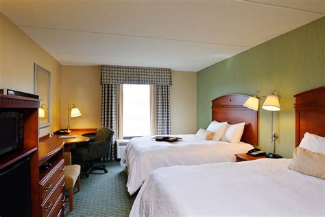 Yale Rooms by Hton Inn 174 Suites West New Ct West