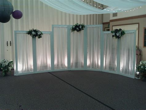 Creative Wedding and Party Decor : Backdrop Choices