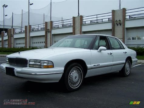 how it works cars 2004 buick park avenue electronic valve timing how it works cars 1996 buick park avenue head up display picture of 1996 buick park avenue 4