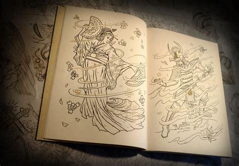 tattoo coffee table book libro de tatuajes para colorear por megamunden