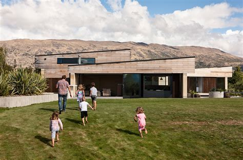 a home a wanaka home is built using ancient yet unconventional