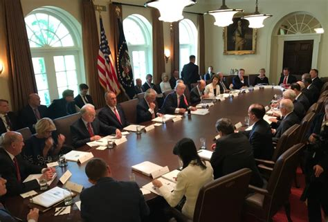 trump s first cabinet meeting president trump leads first fully assembled cabinet