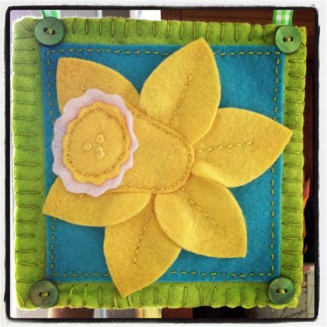 pattern for felt daffodil 17 best images about daffodil crafts on pinterest