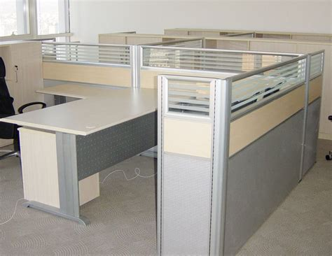 Office Desk Partitions Office Partition Systems For Saving Office Space Office Architect