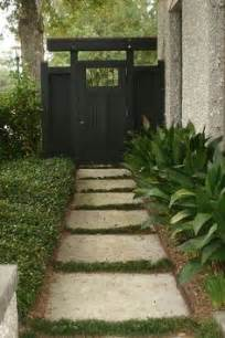 1000 ideas about side yards on pinterest yards gardening and side yard landscaping