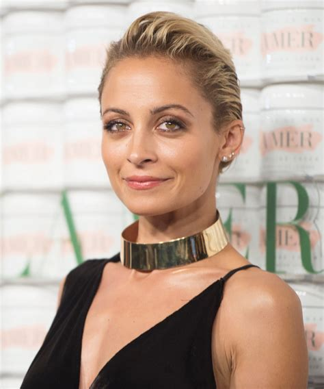 How To Entertain by Nicole Richie S Minestrone Soup Recipe Instyle Com