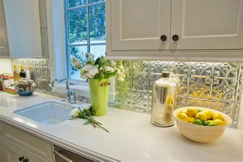 Easy Backsplash Ideas For Kitchen by 10 Budget Updates And Easy Cosmetic Fixes Diy