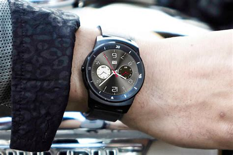 Smartwatch Lg G R Lg G R Is Official Potentially The Best Looking