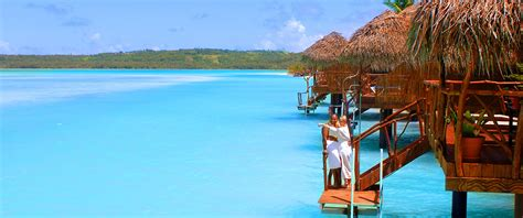 overwater bungalows cook islands overwater bungalows endeavours