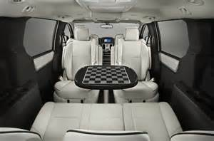 Chrysler Town And Country With Table Minivan With Table 2017 Ototrends Net