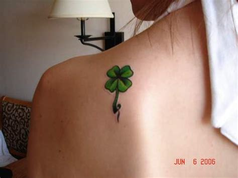 tattoo 4 leaf clover designs four leaf clover tattoos
