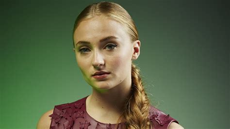 30  Sophie Turner wallpapers HD free Download