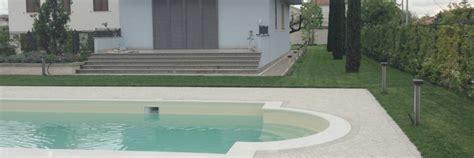giardini con piscine giardino con piscina idee e soluzioni per il verde